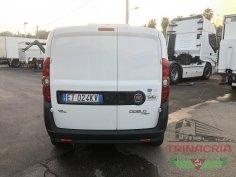 Trinacria Autoveicoli S.r.l. Autocarro Camion Furgone Fiat Doblo 1.6 M. Jet frigorifero isotermico con gruppo atp 2013 (5)