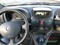 Trinacria Autoveicoli S.r.l. Autocarro Camion Furgone Fiat Doblo 1.9 d 5 POSTI 2001 (9)