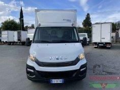 Trinacria Autoveicoli S.r.l. Autocarro Camion Furgone Iveco Daily 35C16 Furgone il playwood e sponda automatico Anno 2019 (2)