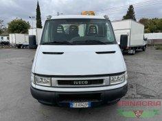 Trinacria Autoveicoli S.r.l. Autocarro Camion Furgone Iveco 35C15 gru e cassone fisso 2003 (2)