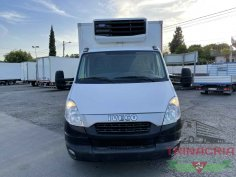 Trinacria Autoveicoli S.r.l. Autocarro Camion Furgone Iveco Daily 35C13 frigo e sponda 2014 (2)