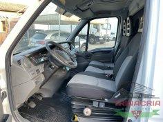 Trinacria Autoveicoli S.r.l. Autocarro Camion Furgone Iveco Daily 35C13 frigo e sponda 2014 (7)