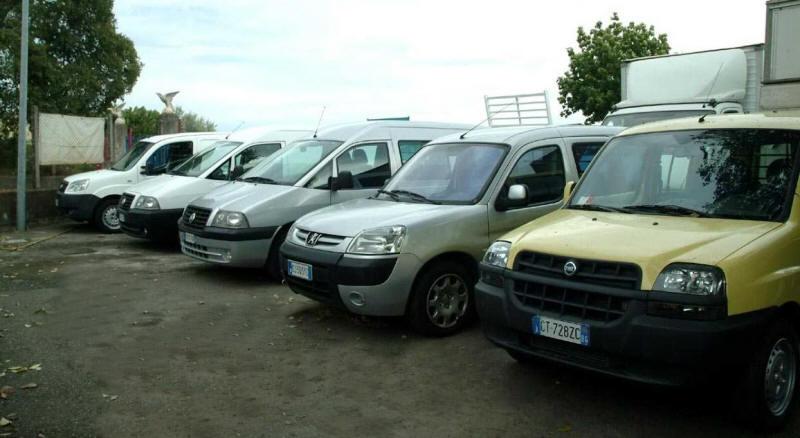 Trinacria Autoveicoli S.r.l. Vendita autocarri camion furgoni veicoli commerciali rimorchi semirimorchi ribaltabile frigo cassonati mezzi d'opera usati