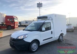 Trinacria Autoveicoli S.r.l. Autocarro Camion Furgone Fiat Doblo 1.6 M. Jet casso frigorifera isotermico 2015