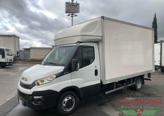 Trinacria Autoveicoli S.r.l. Autocarro Camion Furgone Iveco Daily 35C15 Furgone il playwood e sponda 2018